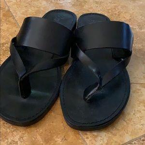 SEYCHELLES Classic black sandal